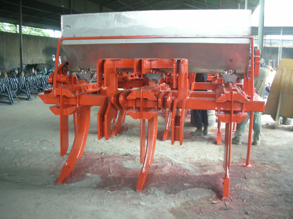 fertilizer-ripper-for-dozerfertilizer-ripper-for-dozer